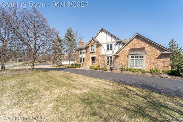 2887 Chestnut Run Drive, Bloomfield Twp, MI 48302 (#2210024374) :: Keller Williams West Bloomfield