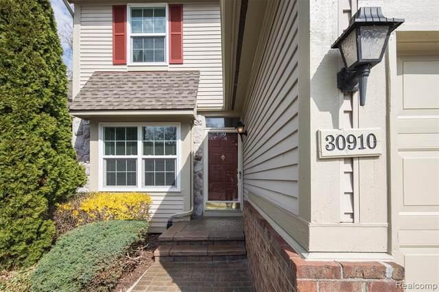 30910 Jasper Ridge, Novi, MI 48377 (#2210024419) :: GK Real Estate Team