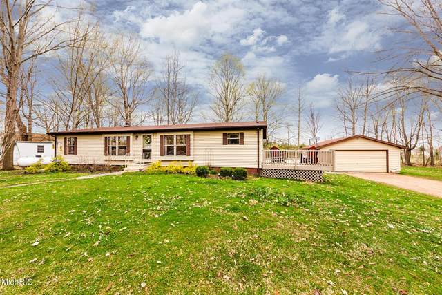 65758 North Street, Bangor Twp, MI 49013 (#69021011649) :: Robert E Smith Realty