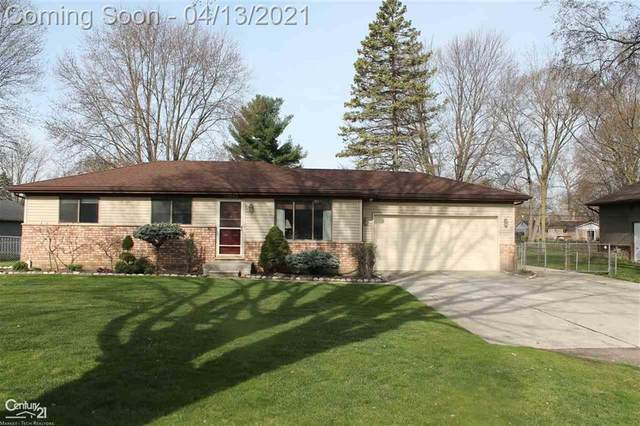38845 Long, Harrison Twp, MI 48045 (#58050038558) :: Real Estate For A CAUSE
