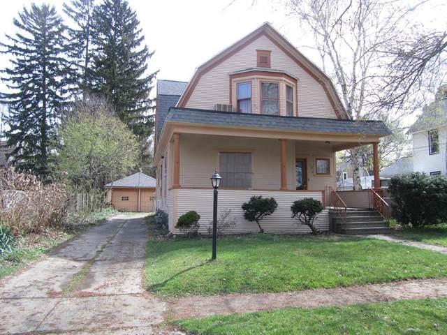 144 Chestnut Street, Battle Creek, MI 49017 (MLS #64021011665) :: The John Wentworth Group