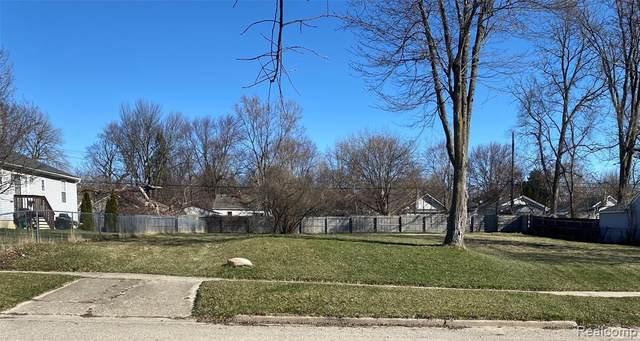 69 E Ann Arbor Avenue, Pontiac, MI 48340 (#2210024527) :: RE/MAX Nexus