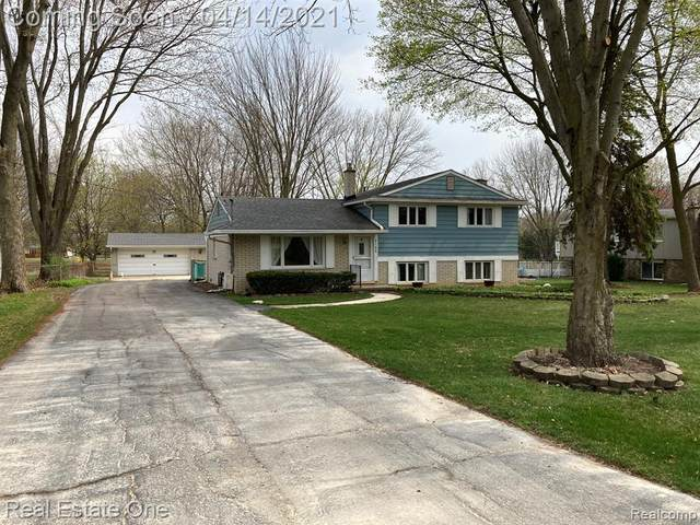 9198 N Canton Center Road, Plymouth Twp, MI 48170 (#2210024602) :: GK Real Estate Team
