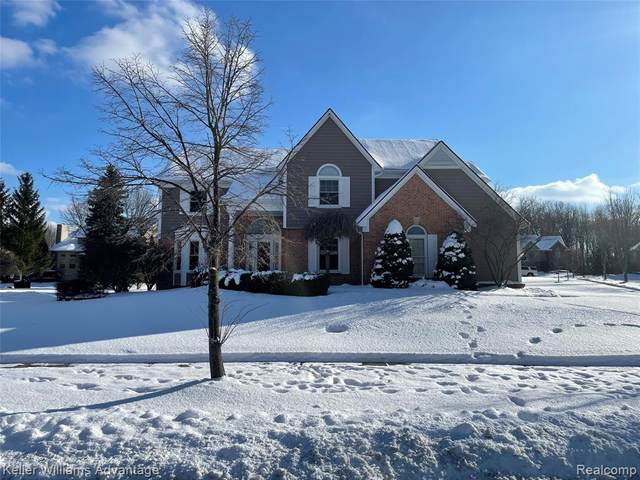 45441 Addington Lane, Novi, MI 48374 (#2210024668) :: Duneske Real Estate Advisors