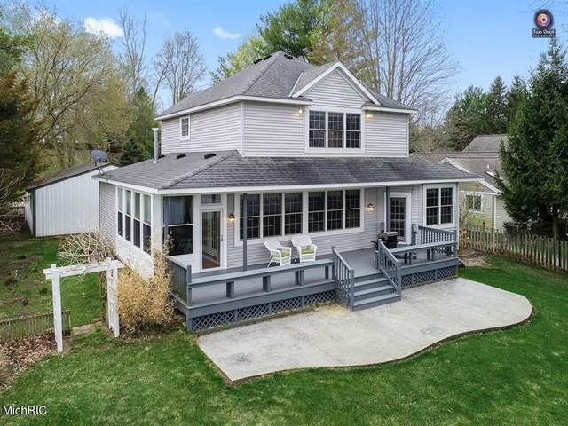 224 Riverview Drive, DOUGLAS VLLG, MI 49406 (#71021011737) :: RE/MAX Nexus