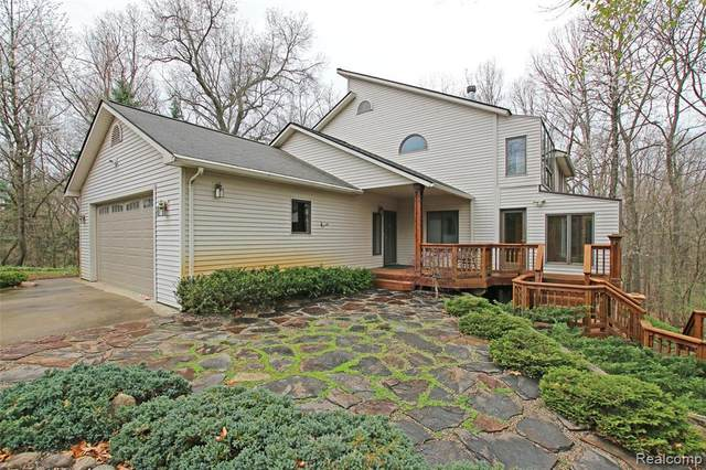 485 N Jossman Road, Groveland Twp, MI 48462 (#2210025016) :: Real Estate For A CAUSE