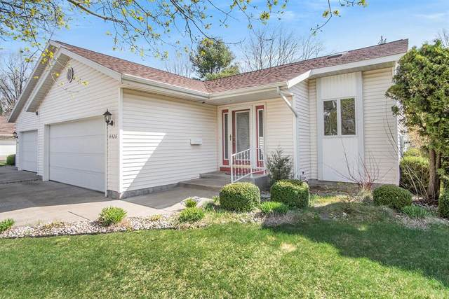 4426 Cedar Lane Lane #38, Norton Shores, MI 49441 (#71021011947) :: Duneske Real Estate Advisors