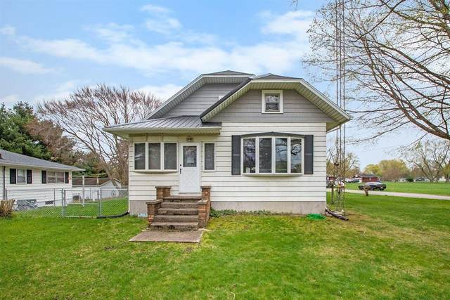 621 Park Street, Coloma, MI 49038 (#69021011975) :: GK Real Estate Team