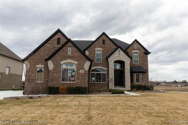 54614 Black Hills Lane, Shelby Twp, MI 48315 (#2210025615) :: The Alex Nugent Team | Real Estate One