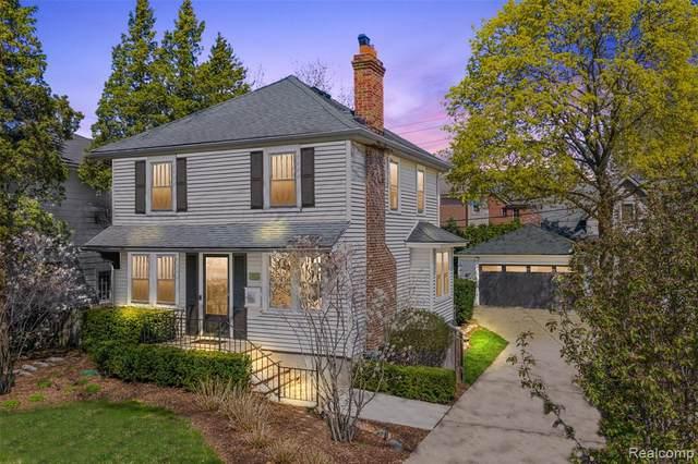 131 E Lincoln Street, Birmingham, MI 48009 (#2210025634) :: The Alex Nugent Team | Real Estate One
