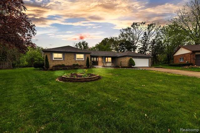 9112 Buffalo Court, Flushing Twp, MI 48433 (#2210025724) :: Real Estate For A CAUSE