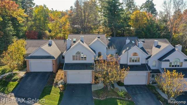 6547 Scenic Pines Court, Independence Twp, MI 48346 (#2210025750) :: NextHome Showcase