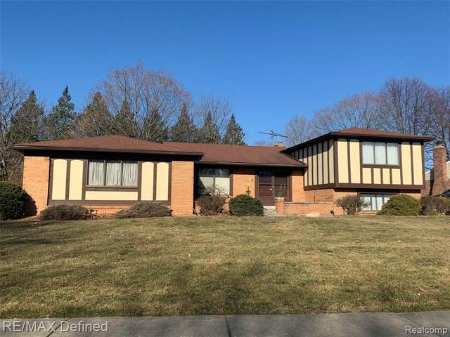 5251 Winchester Drive, Troy, MI 48085 (#2210025826) :: The Alex Nugent Team | Real Estate One