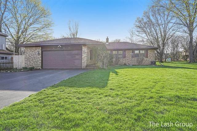 159 N Clover Street, Kent City Vlg, MI 49330 (#65021012227) :: The BK Agency