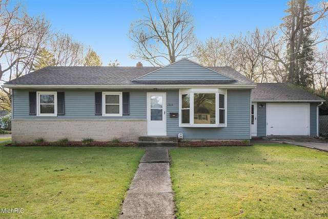 1210 Manor Street, Kalamazoo Twp, MI 49006 (#66021012266) :: Duneske Real Estate Advisors