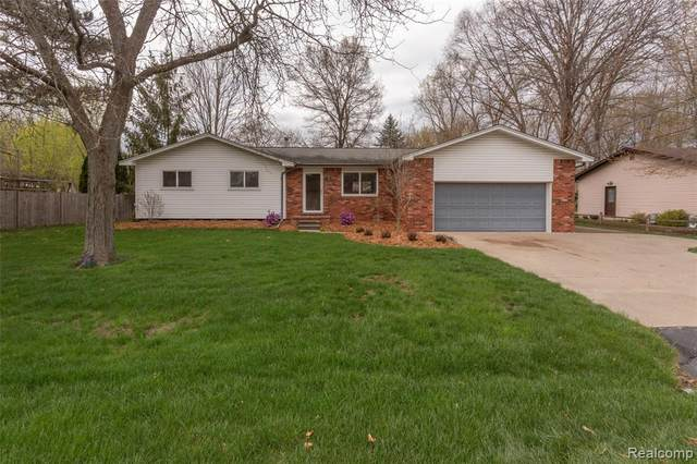 805 Colebrook Drive, Troy, MI 48083 (#2210025956) :: The Alex Nugent Team | Real Estate One