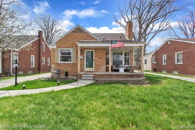 21186 Manchester Boulevard, Harper Woods, MI 48225 (#2210025961) :: The Alex Nugent Team | Real Estate One