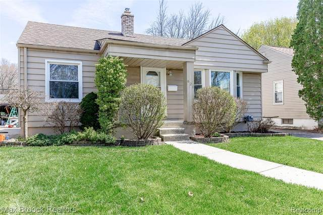 621 S Dorchester Avenue, Royal Oak, MI 48067 (#2210026043) :: The Alex Nugent Team | Real Estate One