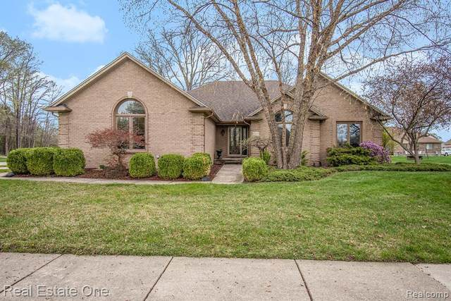 43282 Winterfield Drive, Sterling Heights, MI 48314 (#2210026111) :: The Alex Nugent Team | Real Estate One