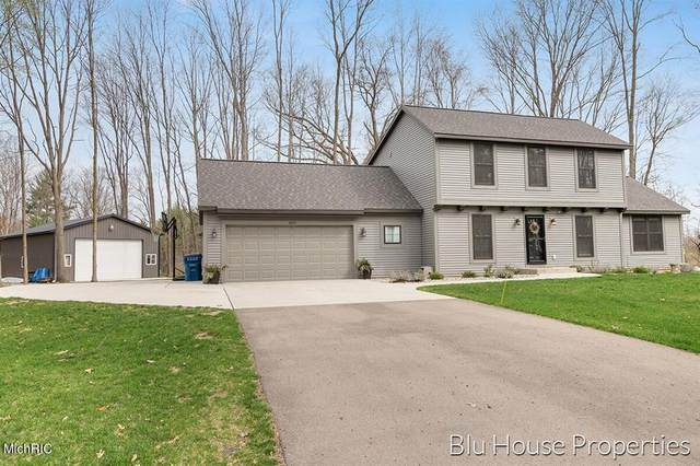 3805 126th Avenue, Heath Twp, MI 49010 (#65021012443) :: The Merrie Johnson Team