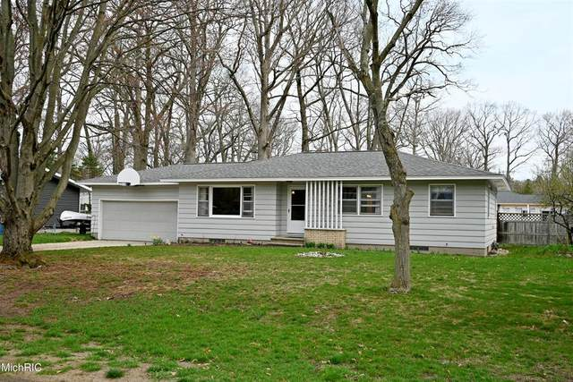 15161 Echo Court, Spring Lake Twp, MI 49456 (#71021012452) :: Duneske Real Estate Advisors