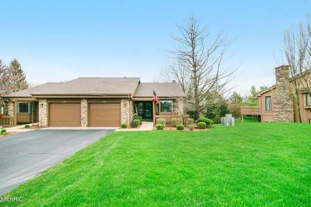 1384 Suncrest Drive NE #123, Grand Rapids Twp, MI 49525 (#65021012490) :: The Merrie Johnson Team