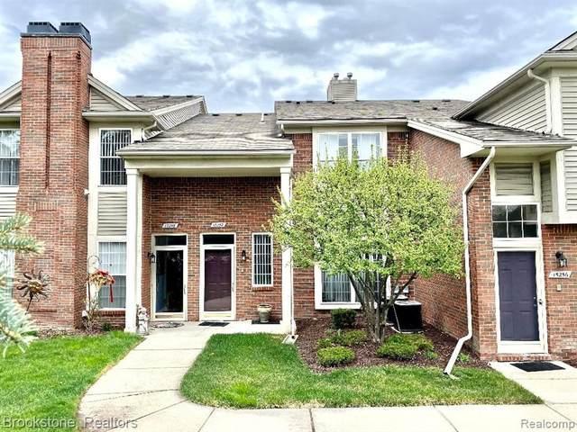 15252 Yale Drive, Clinton Twp, MI 48038 (#2210026247) :: Duneske Real Estate Advisors