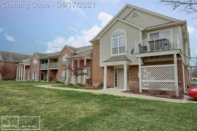 51674 Hale Ln 91   Bldg 9, Chesterfield Twp, MI 48051 (#58050039028) :: Real Estate For A CAUSE