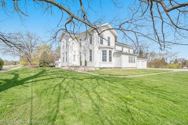 2457 E Grand Blanc Road, Grand Blanc Twp, MI 48439 (#2210026365) :: Real Estate For A CAUSE
