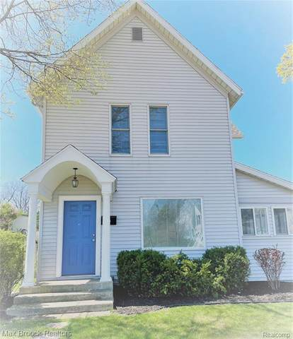 2412 Niles Ave, ST.JOSEPH CITY, MI 49085 (MLS #53021012609) :: The John Wentworth Group