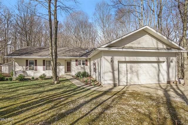 51958 Wetherbee Road, Flowerfield Twp, MI 49067 (#68021012611) :: Real Estate For A CAUSE