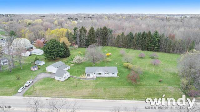 540 N Paw Paw Street, Coloma, MI 49038 (#65021012628) :: Novak & Associates