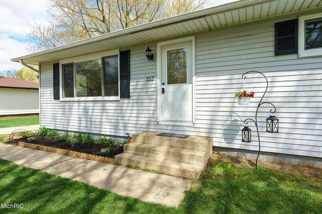 153 Milton Avenue, Pennfield Twp, MI 49017 (#66021012635) :: Real Estate For A CAUSE