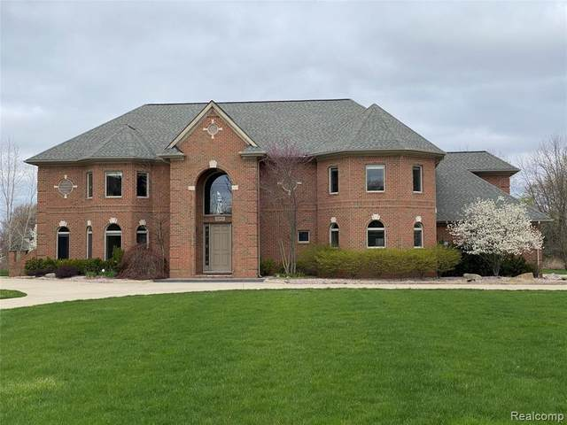 15975 E 14 Mile Road, Fraser, MI 48026 (#2210026508) :: Real Estate For A CAUSE