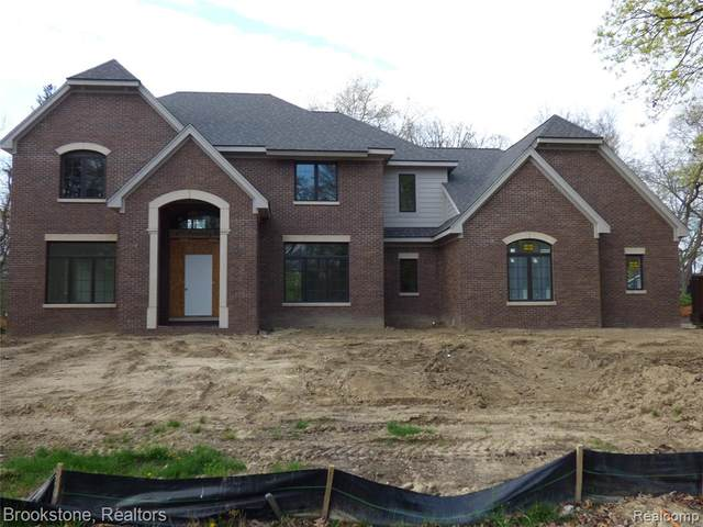 4570 Pickering Road, Bloomfield Twp, MI 48301 (#2210026524) :: The Alex Nugent Team | Real Estate One
