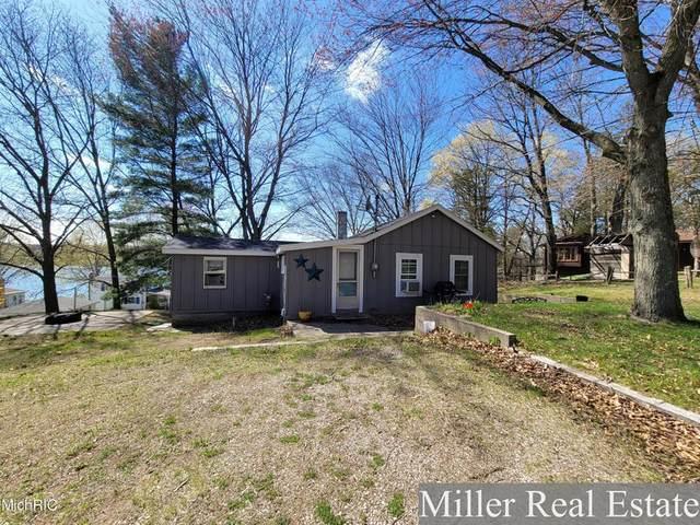 673 Bluff Drive, Yankee Springs Twp, MI 49333 (#65021012706) :: Keller Williams West Bloomfield