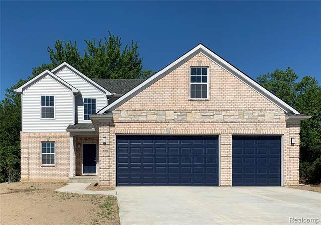 5072 Wilshire Drive, Dundee Twp, MI 48131 (#2210026597) :: Real Estate For A CAUSE
