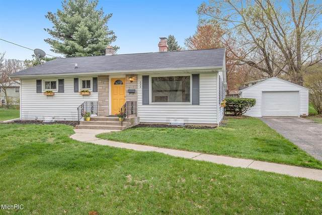 232 Country Club Terrace, Battle Creek, MI 49015 (#64021012734) :: Real Estate For A CAUSE
