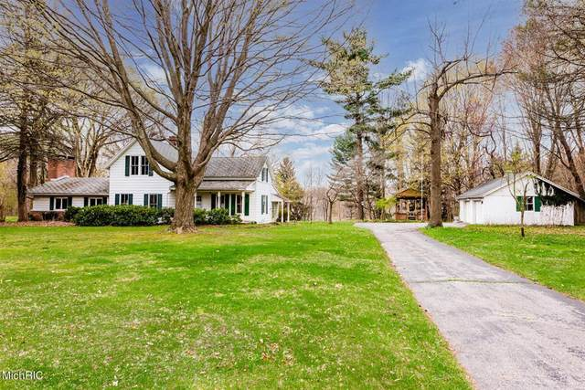 1986 Brown School Road, Shoreham Vlg, MI 49085 (#69021012762) :: NextHome Showcase