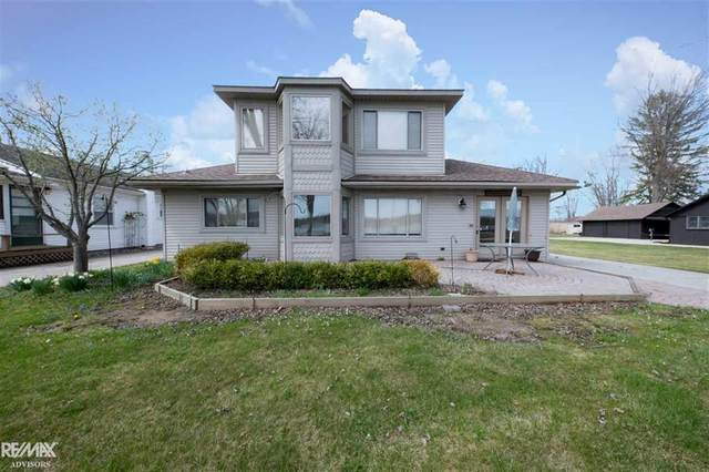 2870 South Channel, Clay Twp, MI 48028 (#58050039146) :: Robert E Smith Realty