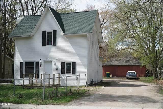 66 Mckinley Avenue S, Battle Creek, MI 49017 (MLS #64021012992) :: The John Wentworth Group