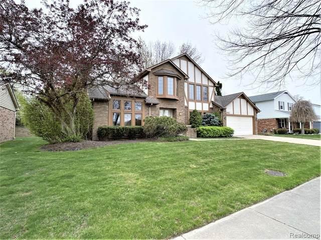 15043 Woodside Drive, Livonia, MI 48154 (#2210027333) :: Novak & Associates
