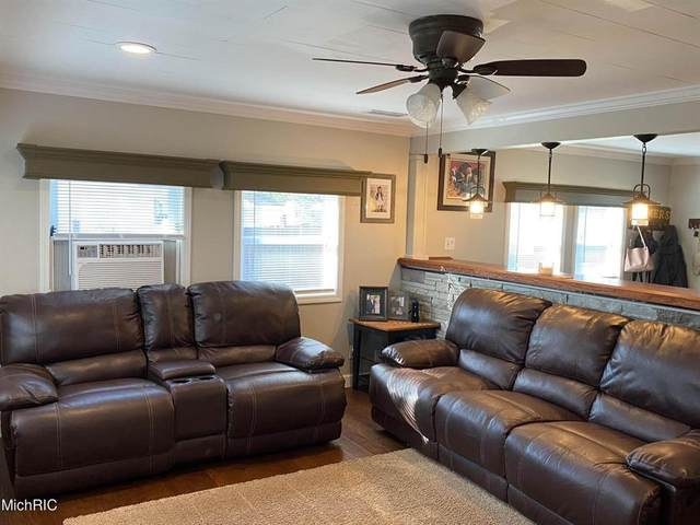 914 Nature Ln, Kinderhook Twp, MI 49036 (#62021013111) :: Novak & Associates