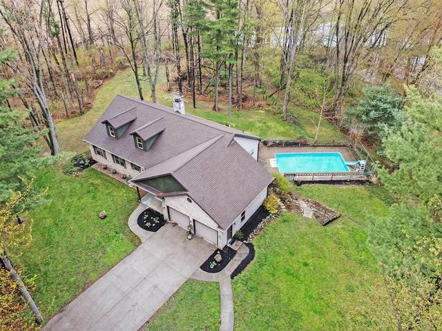 235 W Snow Road, Baroda Twp, MI 49101 (#69021013141) :: RE/MAX Nexus