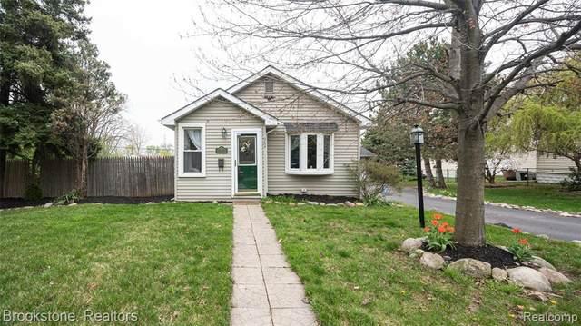 984 Cameron Avenue, Pontiac, MI 48065 (#2210027758) :: Novak & Associates
