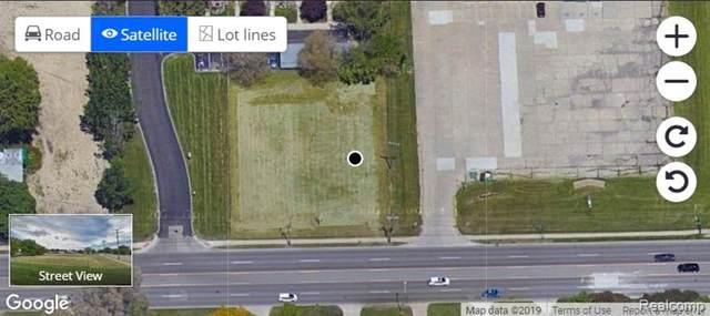 16759 12 MILE, Roseville, MI 48066 (#2210027818) :: GK Real Estate Team