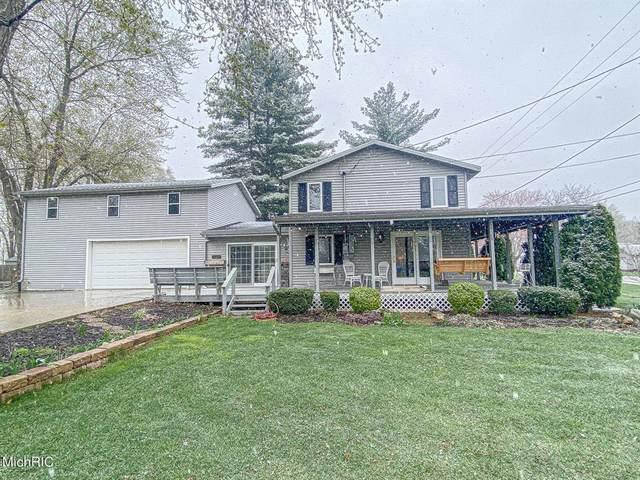69173 Center Street, Edwardsburg Vlg, MI 49112 (#69021013271) :: Real Estate For A CAUSE