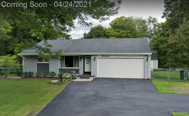 23434 Meadowbrook Road, Novi, MI 48375 (#2210027902) :: Novak & Associates