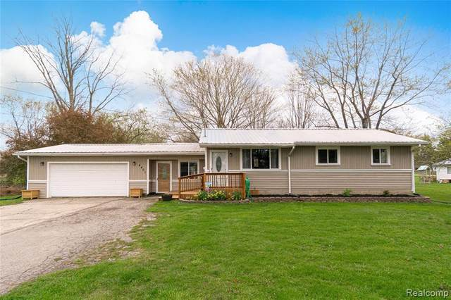 4401 Grand Blanc Road, Mundy Twp, MI 48473 (#2210027906) :: Real Estate For A CAUSE
