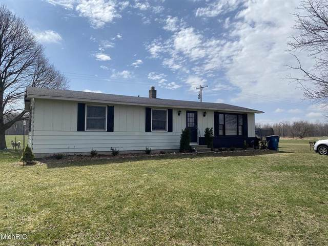 8691 W Litchfield Rd, Litchfield Twp, MI 49252 (#53021013324) :: Real Estate For A CAUSE